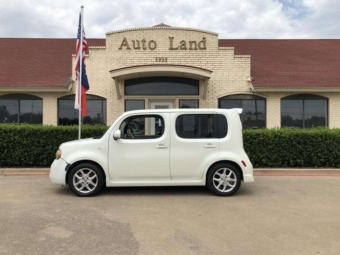 2009 White Nissan cube 1.8 Base (JN8AZ28RX9T) with an 1.8L L4 DOHC 16V engine, 6-Speed Manual transmission, located at 5925 E.BELKNAP ST., HALTOM CITY, TX, 76117, (817) 834-4222, 32.804775, -97.257339 - Photo #0