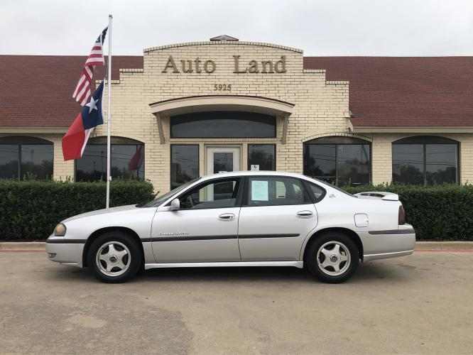 2002 Silver Chevrolet Impala LS (2G1WH55K329) with an 3.8L V6 OHV 12V engine, 4-Speed Automatic Overdrive transmission, located at 5925 E.BELKNAP ST., HALTOM CITY, TX, 76117, (817) 834-4222, 32.804775, -97.257339 - Photo #0